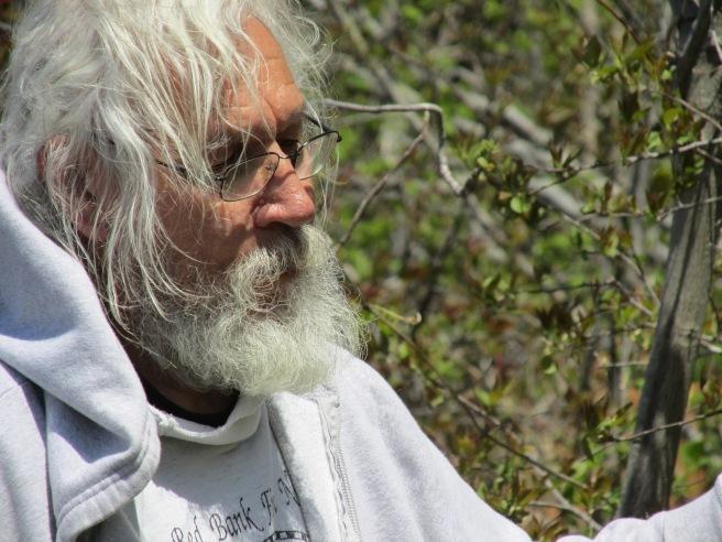 Rocky Bear, medecine gatherer, Tobique First Nation (NB, Canada) // Cueilleur de plantes médicinales de la Première Nation Tobique. (N.-B., Canada)